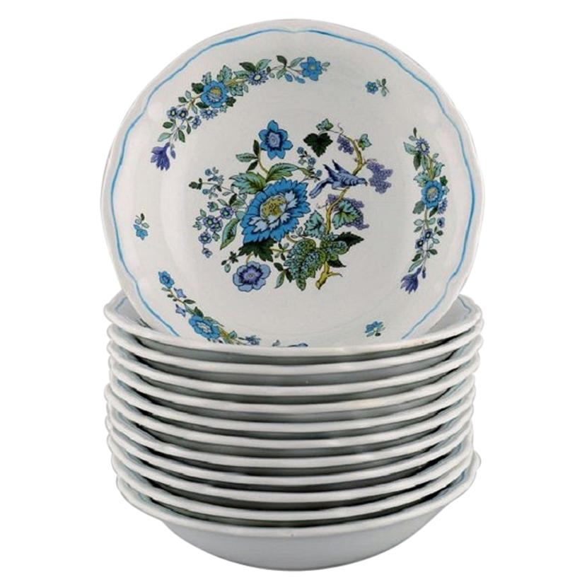 Spode, England, Twelve Small Deep Plates in Hand-Painted Porcelain