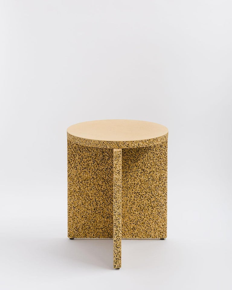 Assuming the weight and texture of an object to later find out its nothing like what you expected is the experience intended by the sponge table. Made from a special carbonated aluminum, that once painted, becomes completely unrecognizable as metal.