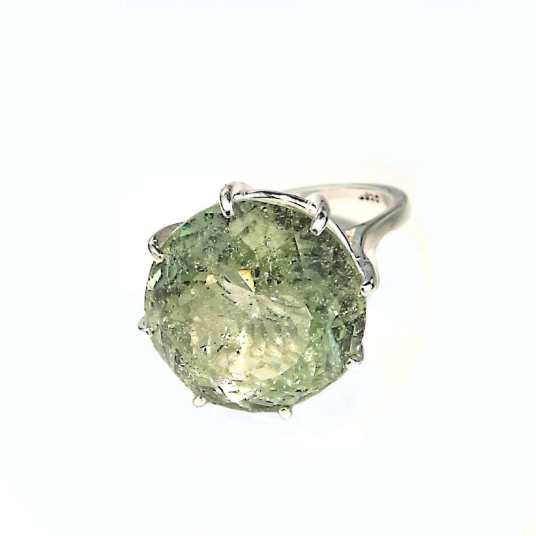 Women's or Men's Sparkling Green Beryl in Sterling Ring For Sale