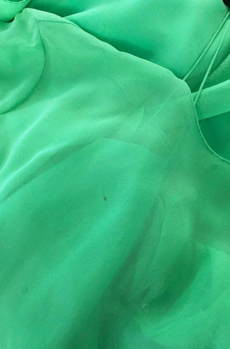 Spring 1981 Bill Blass Stunning Pale Green Silk Chiffon Ruffle Dress For Sale 7