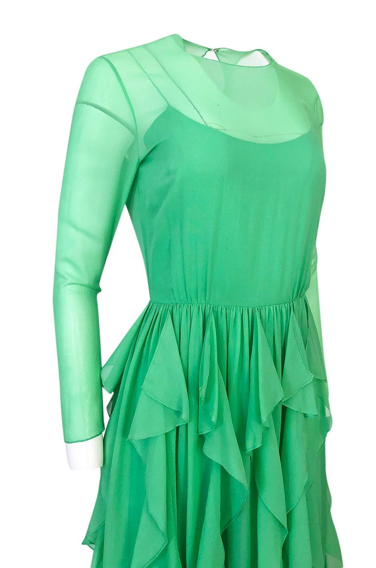 Spring 1981 Bill Blass Stunning Pale Green Silk Chiffon Ruffle Dress For Sale 3