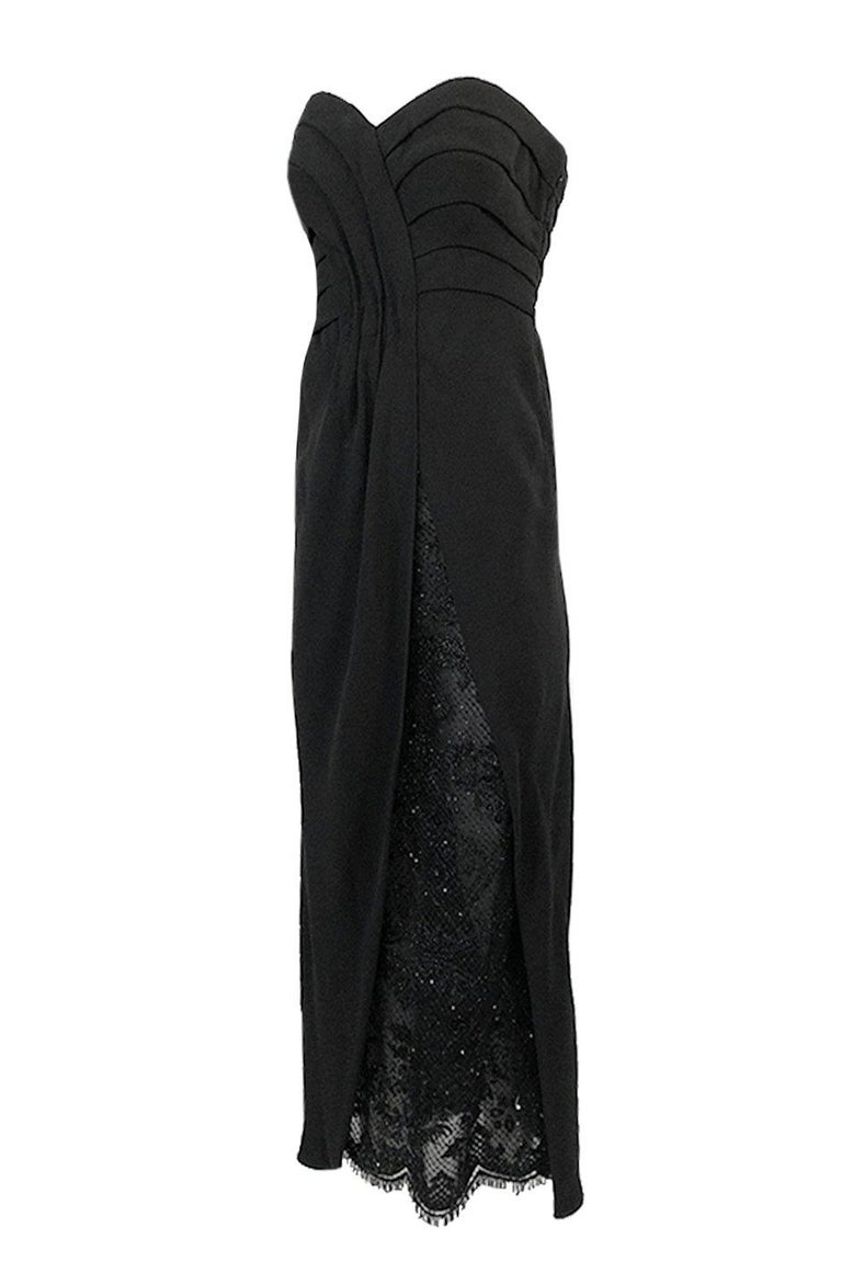Spring 1998 Valentino Haute Couture Strapless Dress w Beaded & Sequin Inner Skir In Excellent Condition For Sale In Rockwood, ON