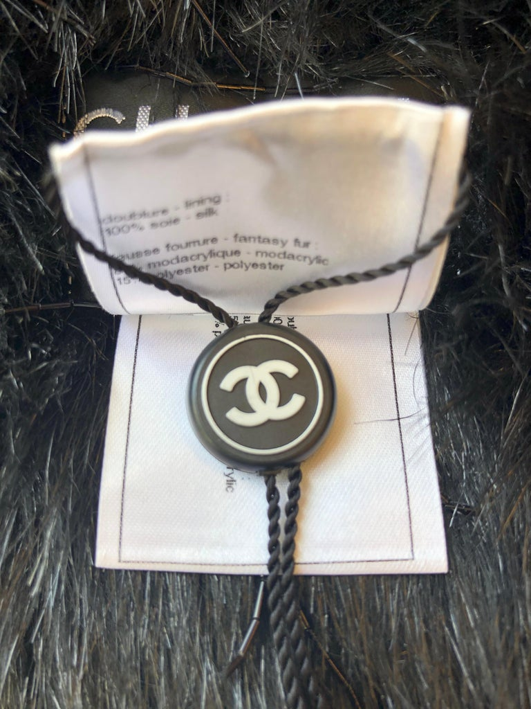 Spring 2010 Chanel Black Faux Fur Vest with Beading 34Fr Never Worn  For Sale 4