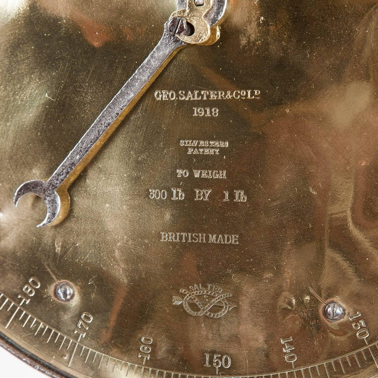 Spring Balance by Salter & Co Ltd, Dated 1918 For Sale 1