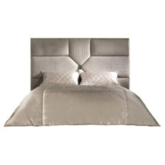 Springs Bed in Leather with Metal Frame by Roberto Cavalli Home Interiors
