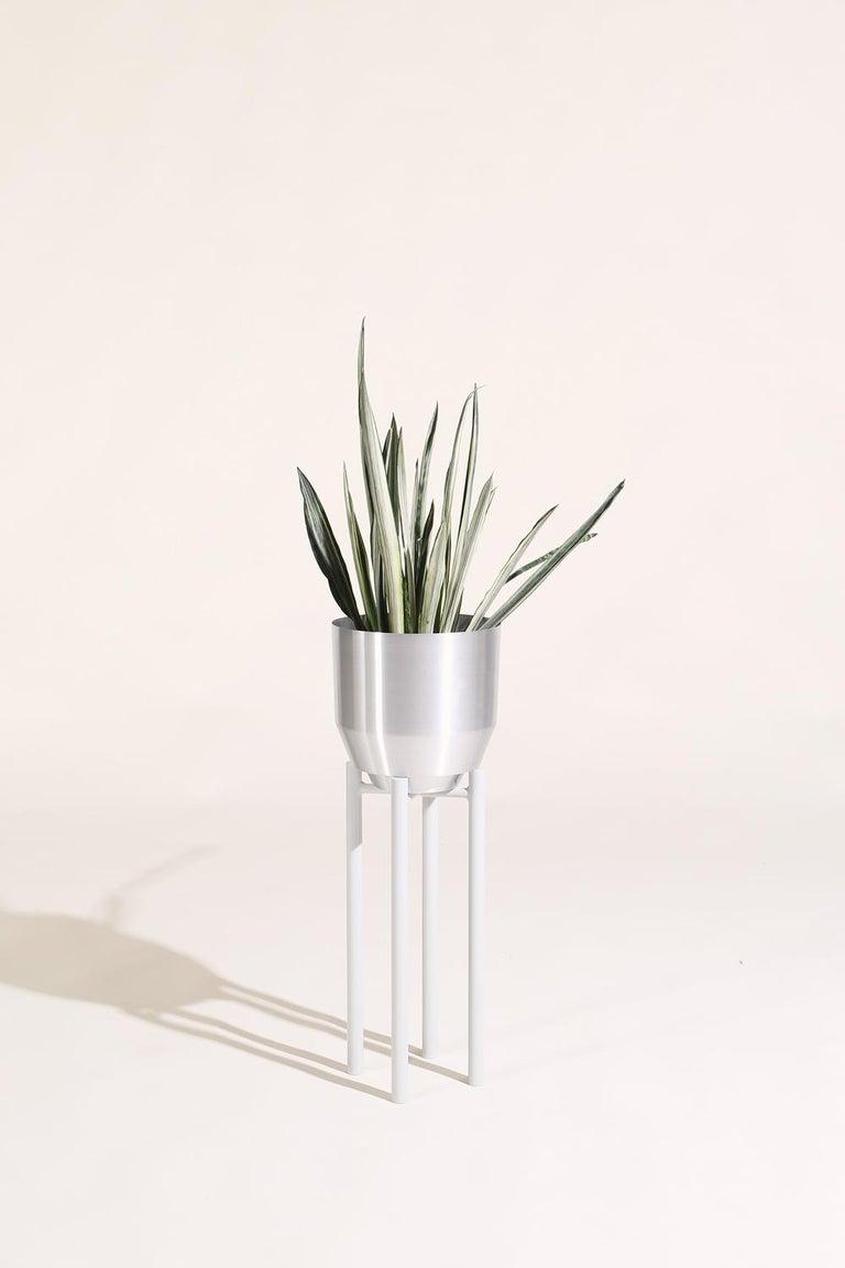 American Spun Planter, Aluminium For Sale