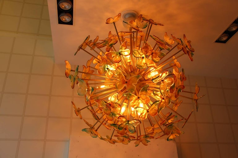 Sputnik Chandelier with Yellow and Green Glass Butterflies For Sale 1