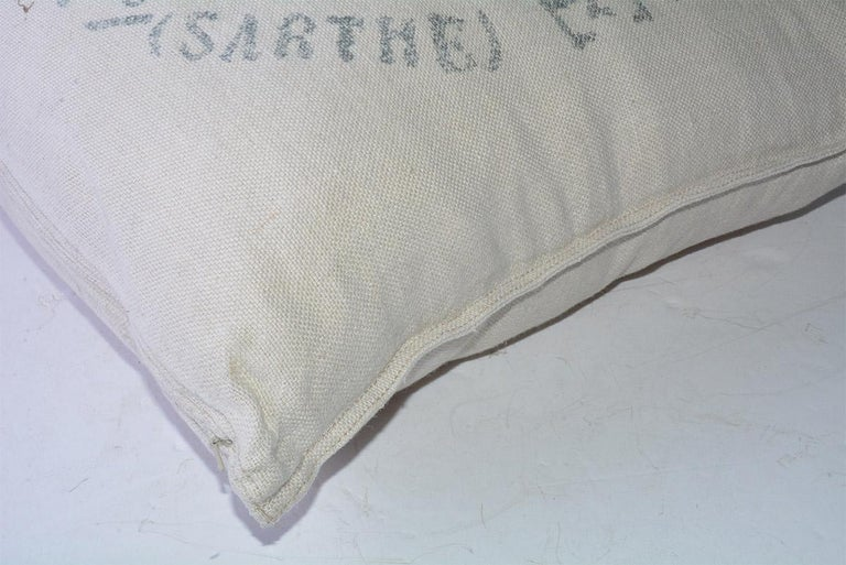Square Beige Linen French Pillow In Good Condition For Sale In Great Barrington, MA