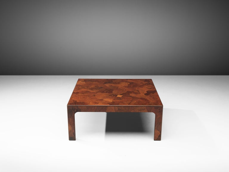 Square Coffee Table in American Walnut with Inlayed Top In Good Condition For Sale In Waalwijk, NL