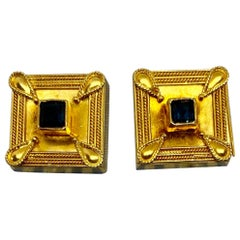 Square Cufflinks in 22 Karat Yellow Gold with Blue Sapphires