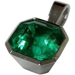 Square Cut, 4 Carat Colombian Emerald Pendant Set in 18 Karat White Gold