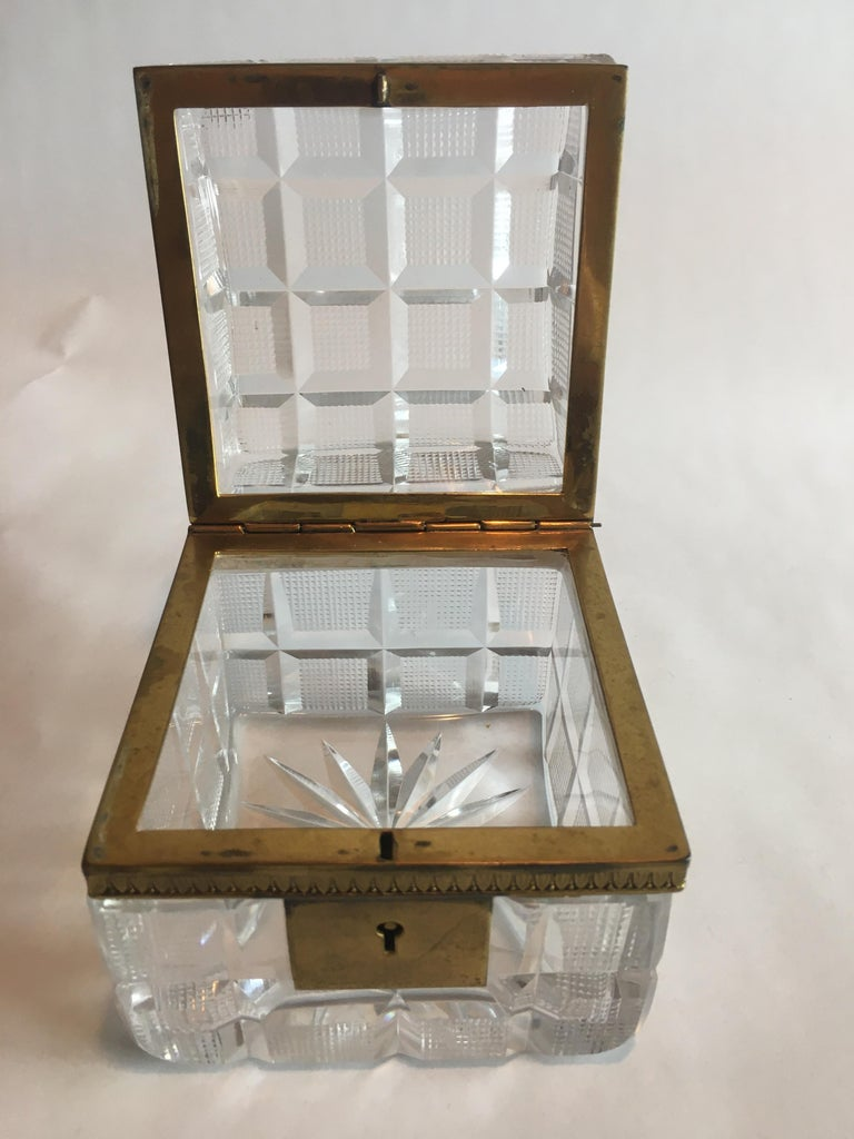 20th Century Square Cut Crystal Glass Box For Sale