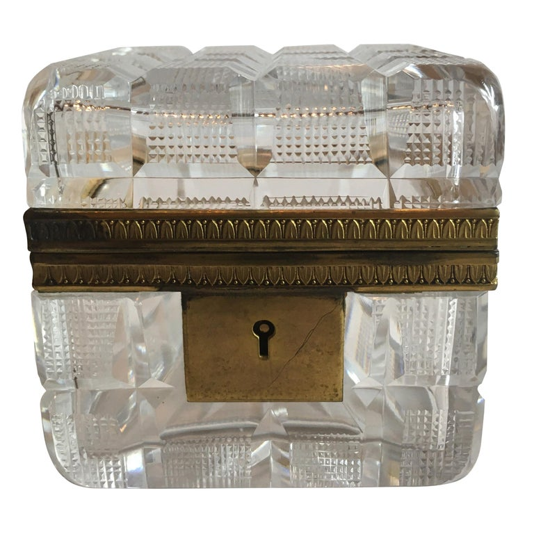 Square Cut Crystal Glass Box For Sale