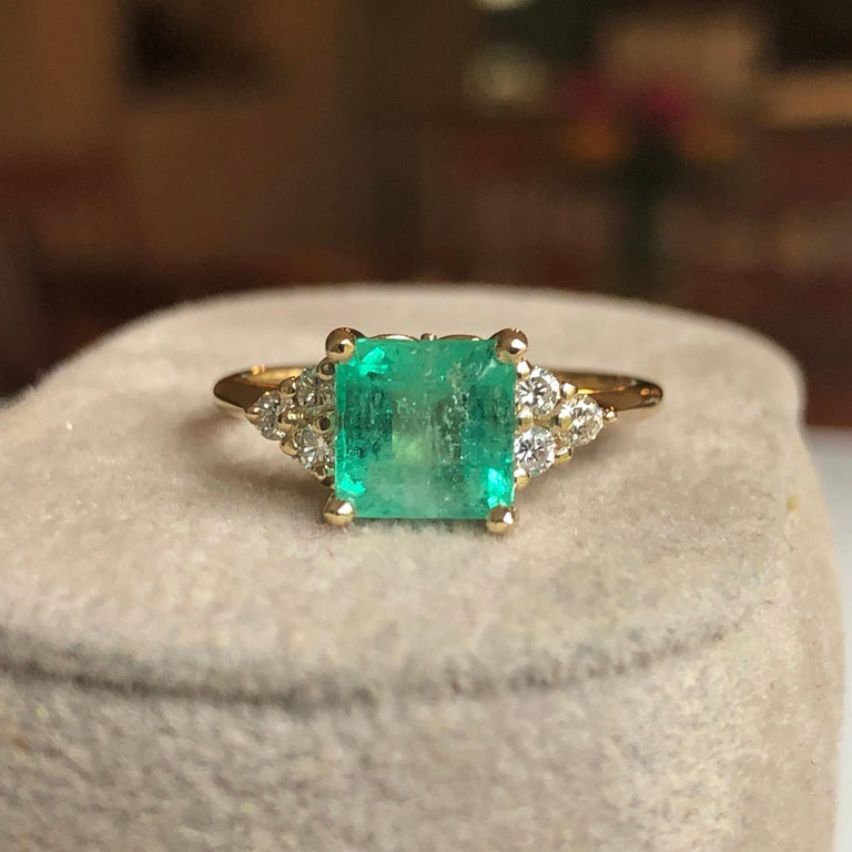 Square Cut Emerald and Diamond Ring Gold For Sale 2