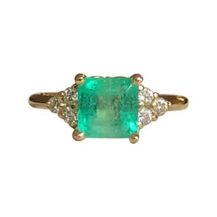 Square Cut Emerald and Diamond Ring Gold