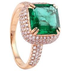 Square Cut Emerald Diamond 18 Karat Gold Ring