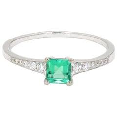 Square Cut Emerald Diamond 18 Karat White Gold Engagement Wedding Ring