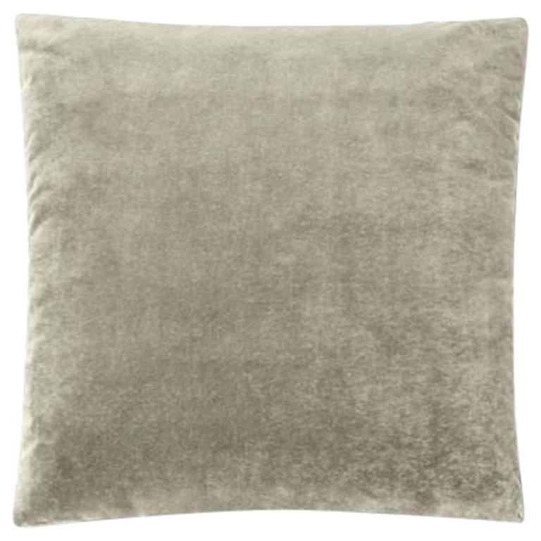 Molteni&C Square Decorative Cushion Light Grey Velvet For Sale