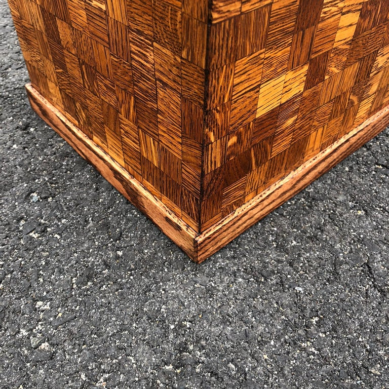 Square Mid-Century Modern Wooden Pedestal with Mosaic Wooden Tile Design For Sale 5