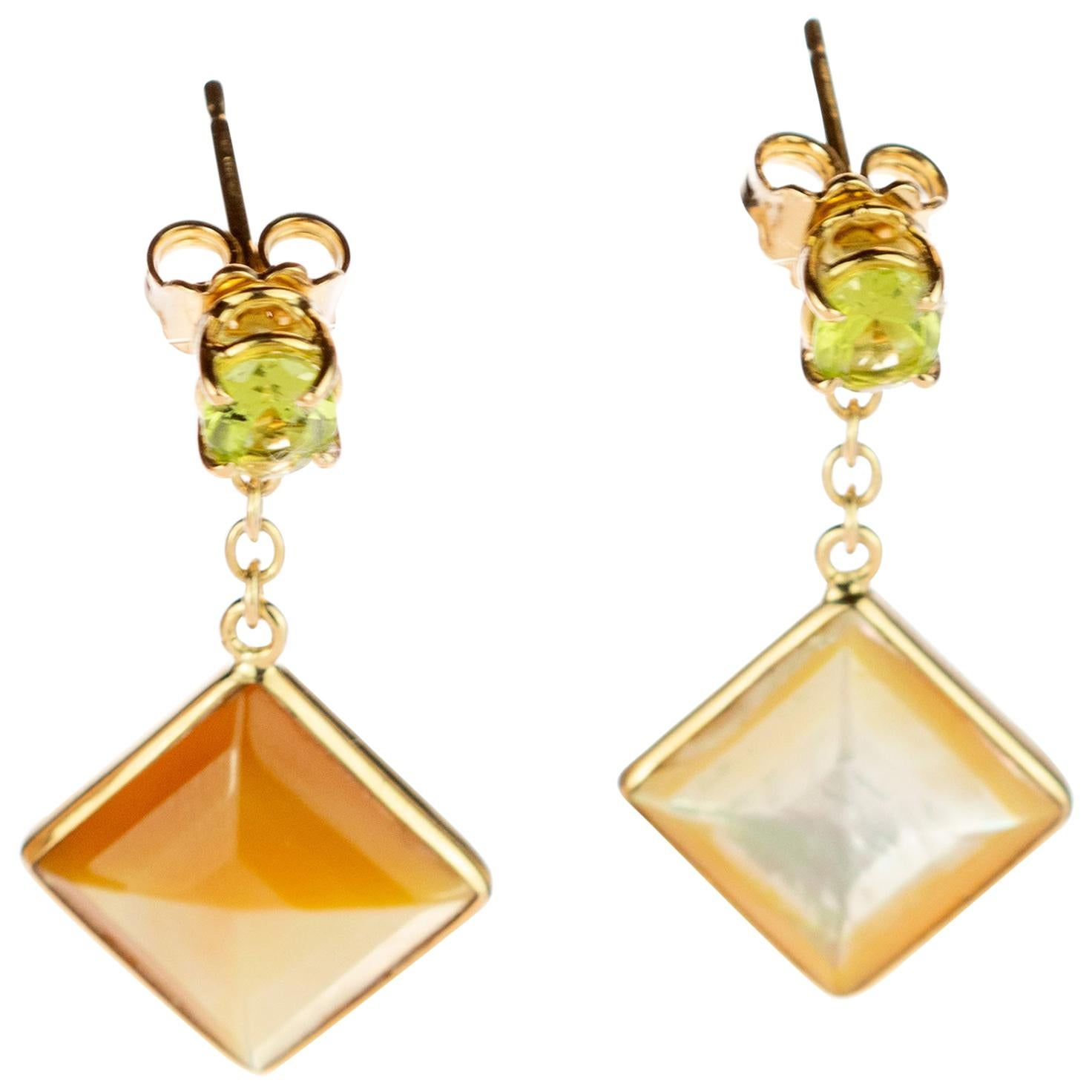Square Mother Pearl Natural Peridot 18 Karat Yellow Gold Chic Drop Earrings