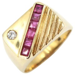 Square Ruby and Single Diamond 18 Karat Yellow Gold Men's Signet Ring