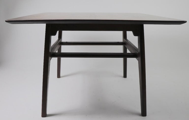 Square Table by Jens Risom In Good Condition For Sale In New York, NY
