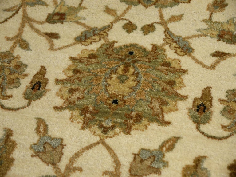 Square Ziegler Mahal Design Rug Wool Pile Beige Green New from India For Sale 5