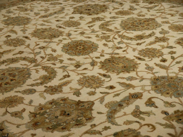 Square Ziegler Mahal Design Rug Wool Pile Beige Green New from India For Sale 6
