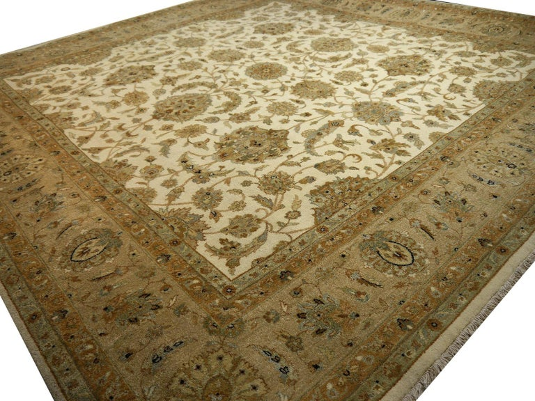Square Ziegler Mahal Design Rug Wool Pile Beige Green New from India For Sale 7