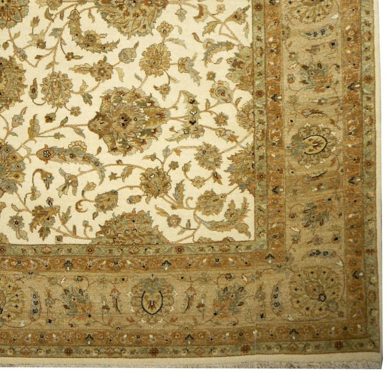 Square Ziegler Mahal Design Rug Wool Pile Beige Green New from India For Sale 8