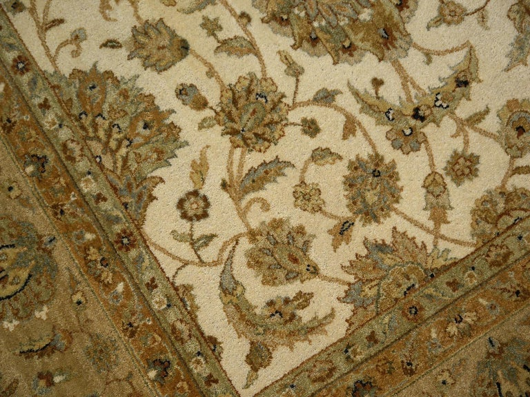 Square Ziegler Mahal Design Rug Wool Pile Beige Green New from India For Sale 12