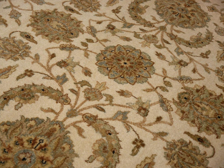 Square Ziegler Mahal Design Rug Wool Pile Beige Green New from India For Sale 2