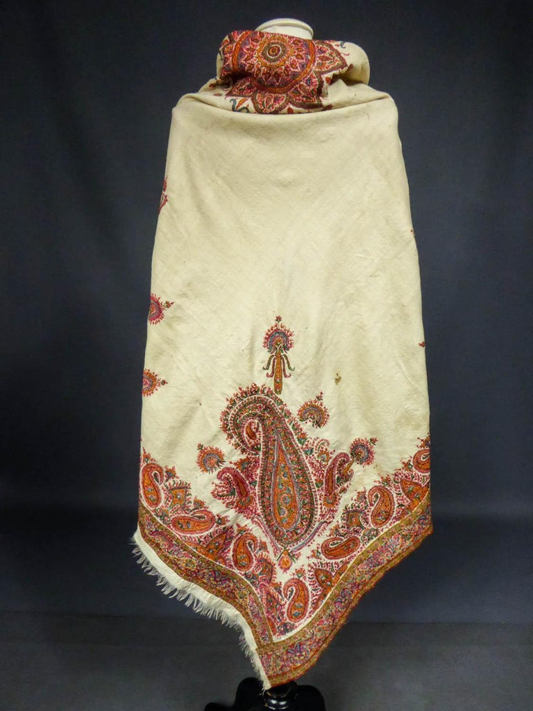 Squared Indian Embroidered Kashmir Shawl Circa 1870 For Sale 8