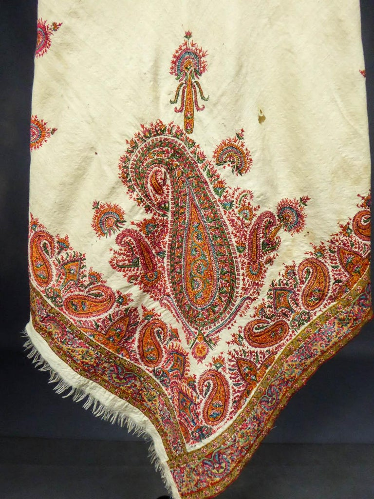 Squared Indian Embroidered Kashmir Shawl Circa 1870 For Sale 9