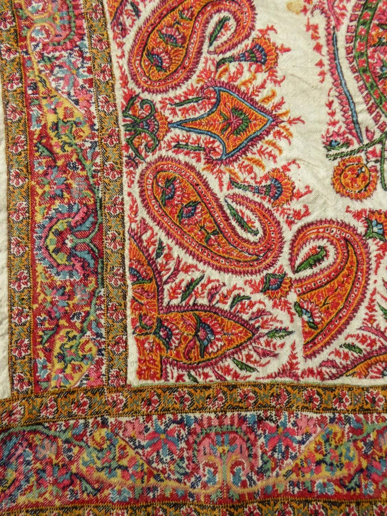 Squared Indian Embroidered Kashmir Shawl Circa 1870 For Sale 2