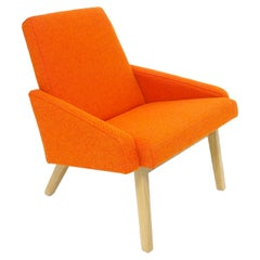 Lounge Chair with White Oak Frame