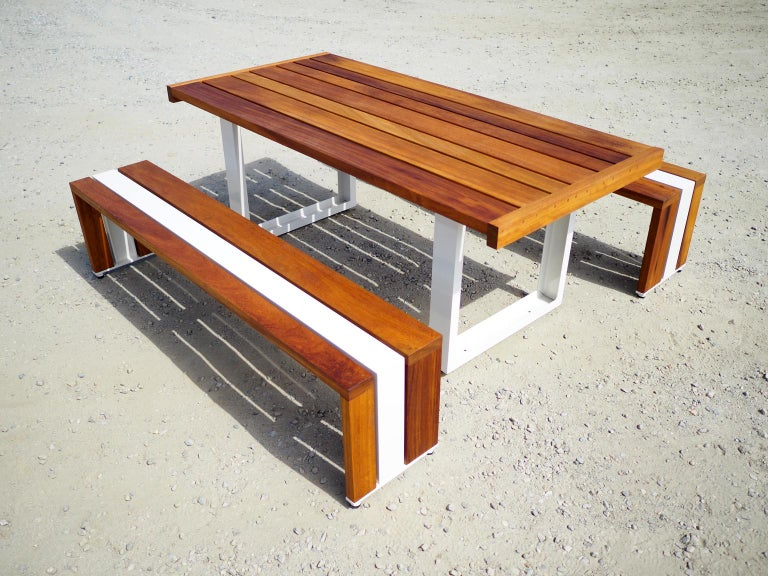 Contemporary Picnic Table / Dining Set - White Oak In New Condition For Sale In San Pedro, CA
