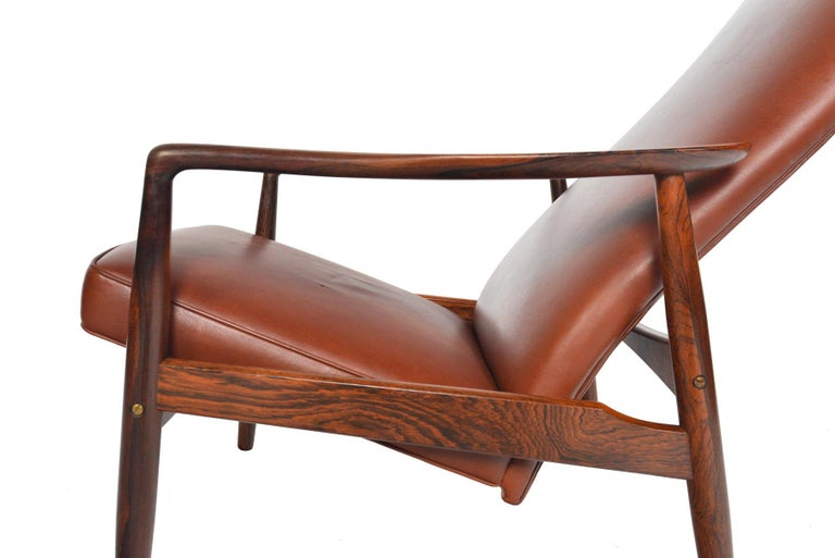 Søren Ladefoged Model 72 Rosewood and Leather Reclining Lounge Chair and Ottoman 4