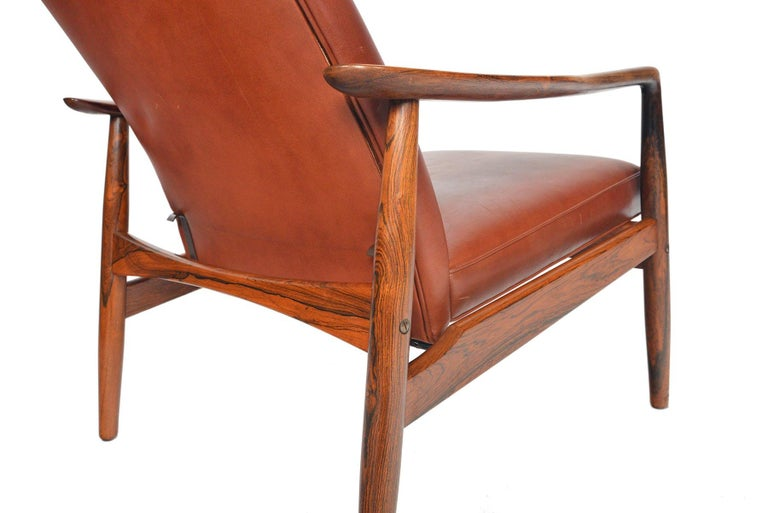 20th Century Søren Ladefoged Model 72 Rosewood and Leather Reclining Lounge Chair and Ottoman