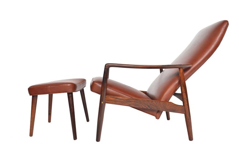 Søren Ladefoged Model 72 Rosewood and Leather Reclining Lounge Chair and Ottoman 3