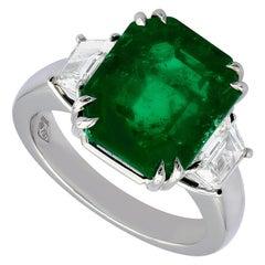 SSEF Certified 8.267 Carat Emerald, 2.84 Carat Diamond, Cocktail Ring
