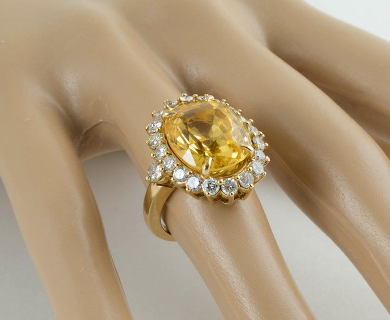 Women's or Men's SSEF Certified Natural No Heat Yellow Sapphire Diamond Ring For Sale