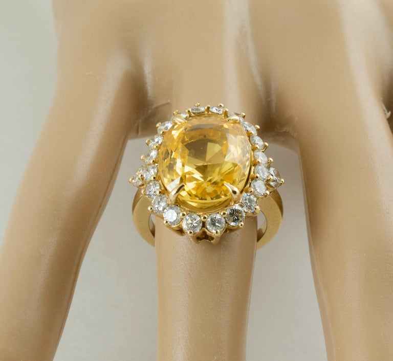 SSEF Certified Natural No Heat Yellow Sapphire Diamond Ring For Sale 2