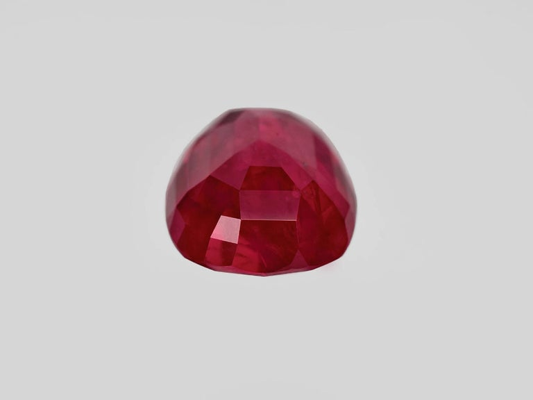 SSEF Switzerland 7.30 Carat Burma Ruby No Heat Diamond Platinum Gold Ring In New Condition For Sale In Rome, IT
