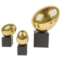 Set of 3 Egg Sculptures in Polished Brass
