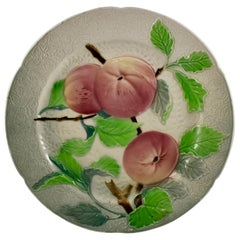 St. Clement French Faïence Apple Fruit Plate, circa 1900