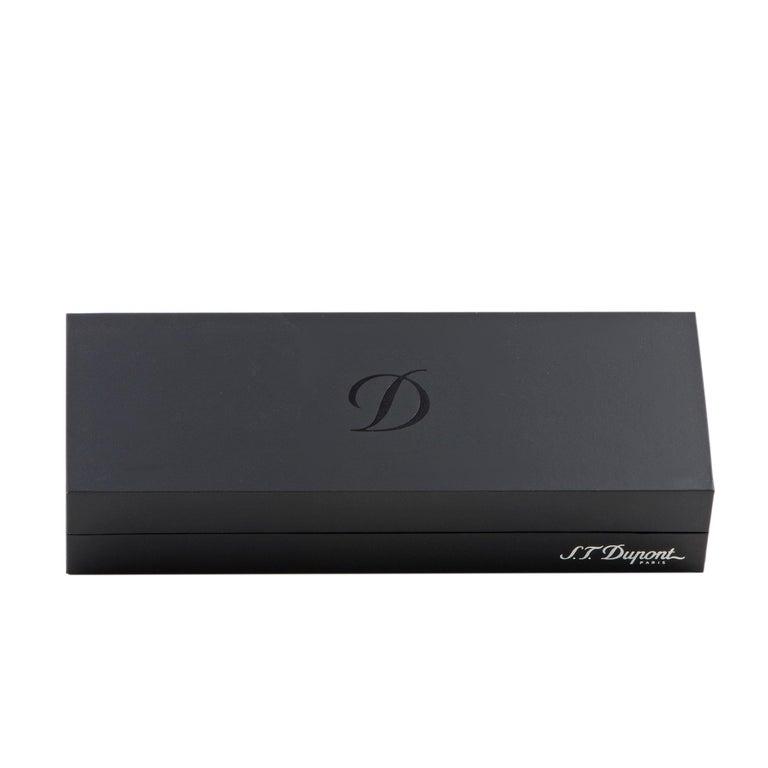 S.T. Dupont Saint Michel Black Lacquer Ballpoint Pen 440130 For Sale 1