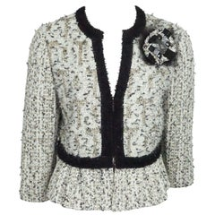 St. John Ivory and Tan Metallic Wool Tweed Jacket with Rose Broach - 8 - NWT