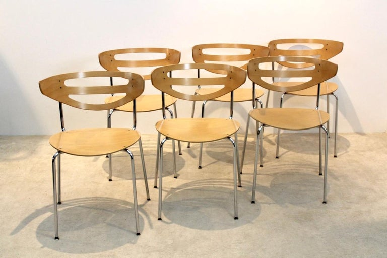 Stackable Thonet Chrome and Beechwood Curved Diner Chairs For Sale 1