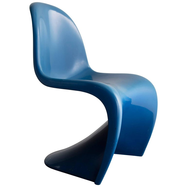 Stacking Side Chair in Blue For Sale